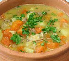Soupe de carotte, épinard et basilic