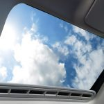 Auto : réparer une fuite du toit ouvrant