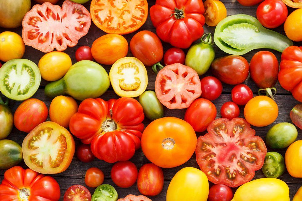 Pour faire baisser son taux de cholestérol, mangez des tomates.