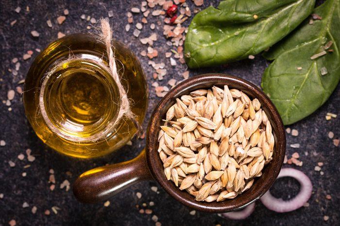 L'huile de massage comme traitement anticellulite maison