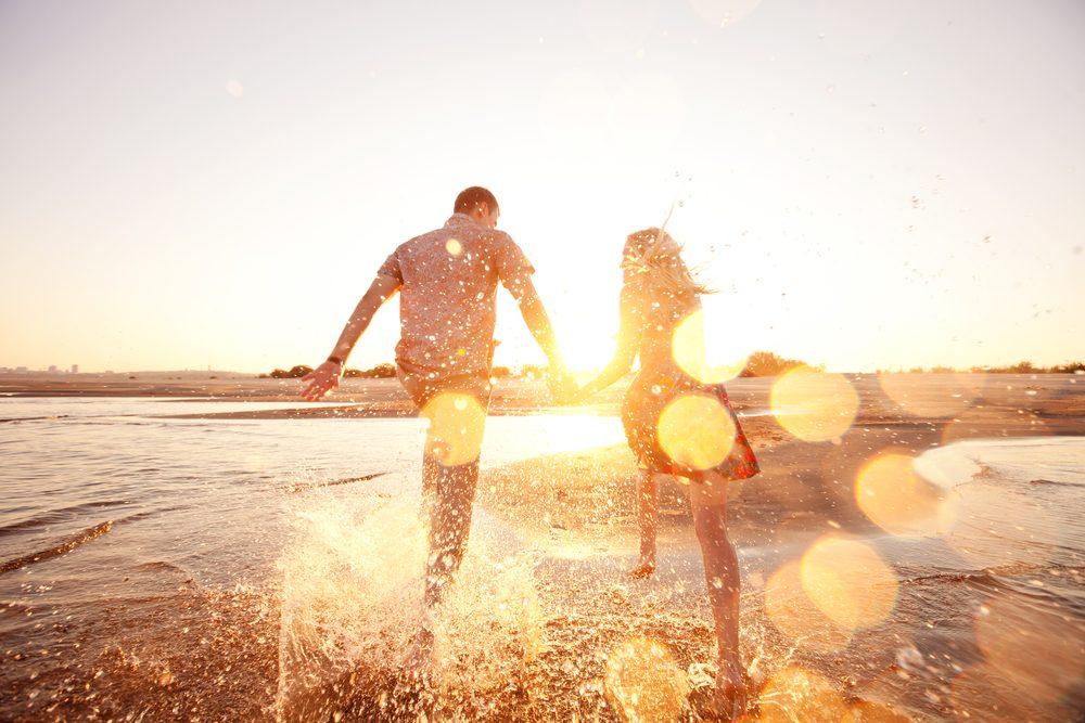 Le sel d'epsom aide à soulager les coups de soleil.