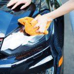 27 trucs inusités pour laver votre voiture