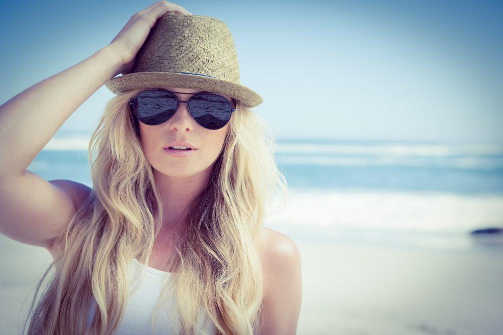 Deuxième truc pour avoir de beaux cheveux: protégez vos cheveux du soleil