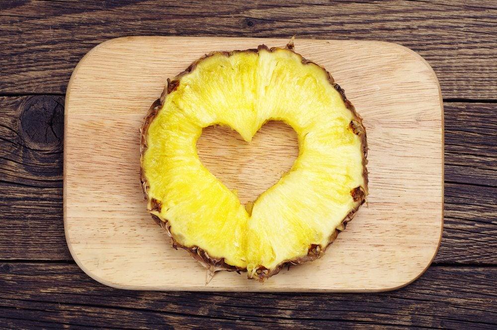 vertus-ananas-bromeline-facilite-digestion