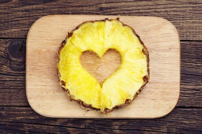 L'ananas et ses vertus : ce fruit qui facilite la digestion