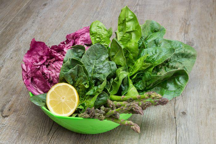 Renforcez les effets des légumes verts avec un filet de citron