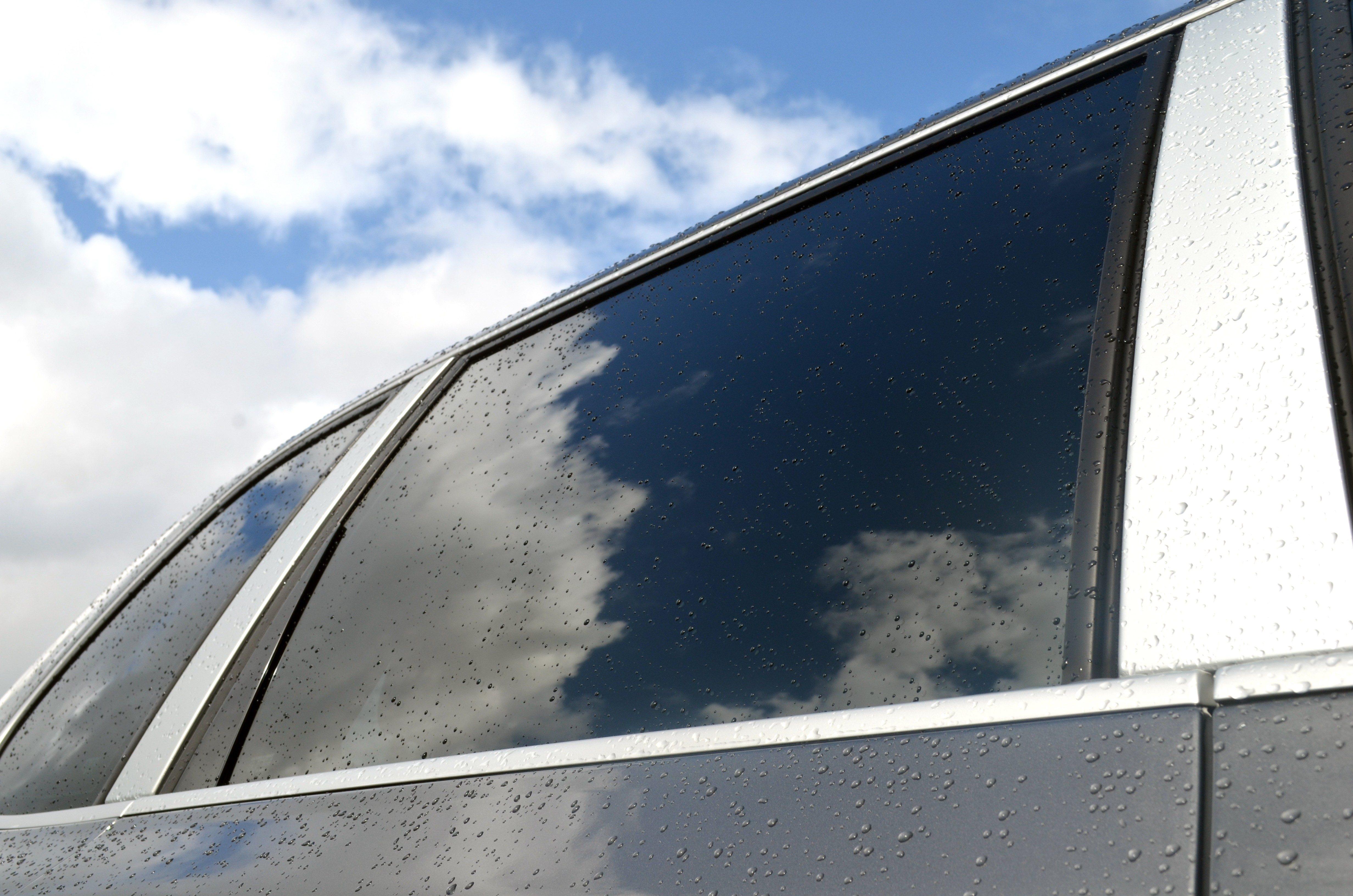 2. Les vitres teintées d'auto : protégez-vous de la chaleur