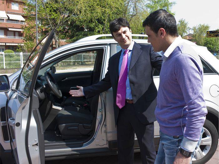 Inconvénient #2 : Les autos usagées sont souvent vendues par des gens qui ne connaissent pas l'automobile