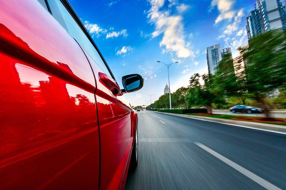 2. Roulez à une vitesse raisonnable : économise de l'essence