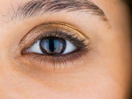Sur vos yeux