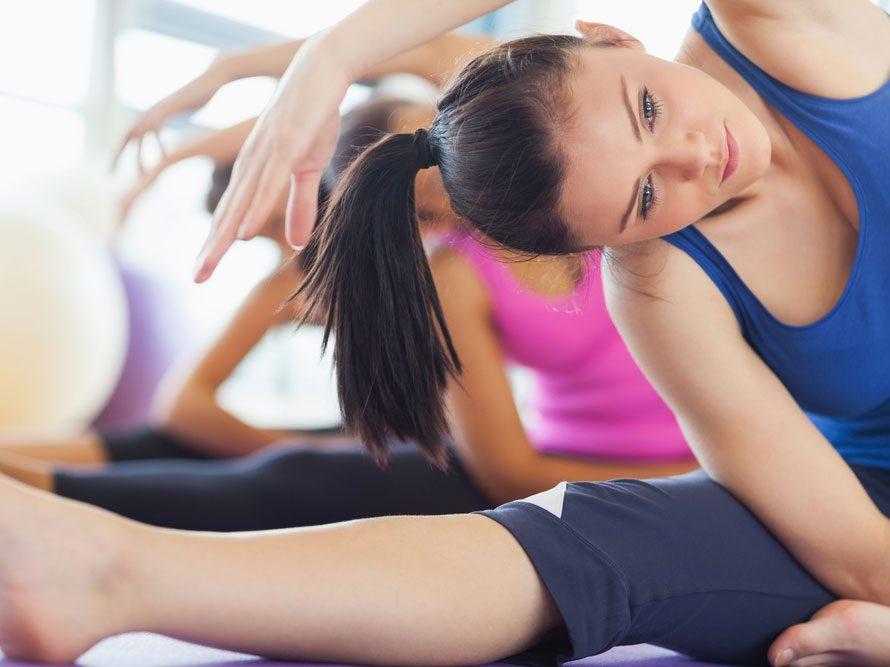 Le yoga accroît votre souplesse