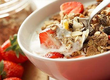 3. Augmentez vos rations de céréales complètes et de légumes