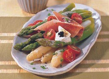 Filets de truite aux asperges et tomates cerises
