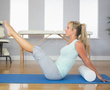 Le rouleau à massage pour combattre les courbatures