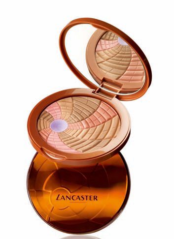 9. Poudre compacte Kaléidoscope de Lancaster