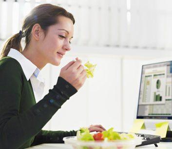 Ne pas manger devant l'ordinateur