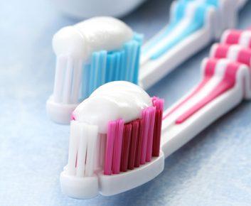 7 saveurs de dentifrice bizarres