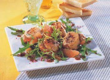 Pétoncles aux agrumes, vinaigrette à la moutarde