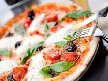 Pizza végétarienne sur pita