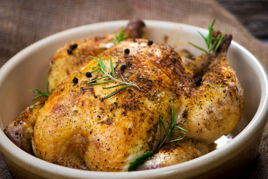 Du poulet au citron et romarin.