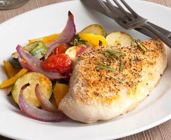 Griller une poitrine de poulet au poivre