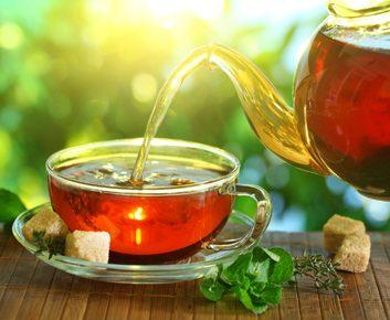 Rincez avec du thé