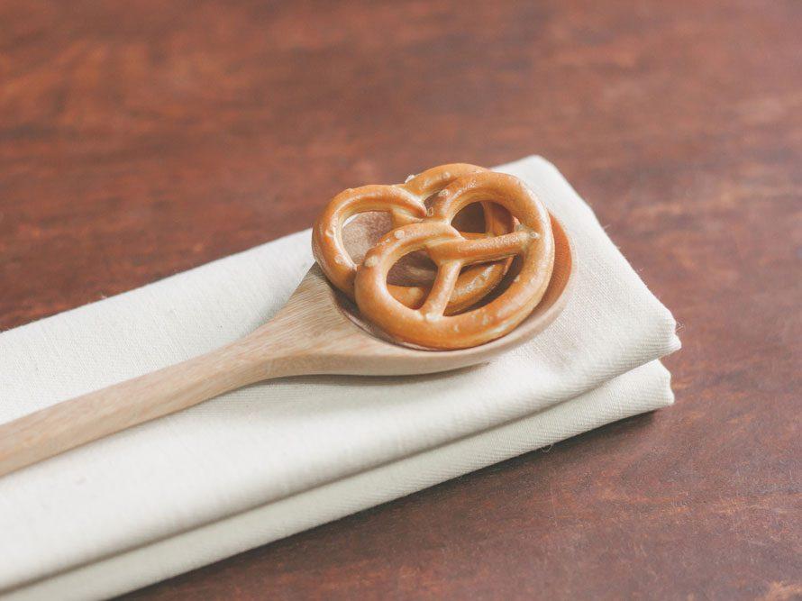 Collation à moins de 100 calories : mini bretzels