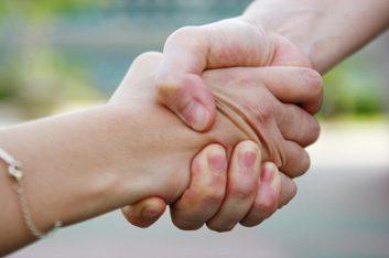 S'engager dans sa communauté augmente la résilience mentale