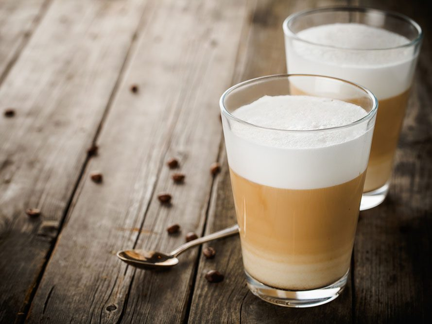 Collation à moins de 100 calories : café latte
