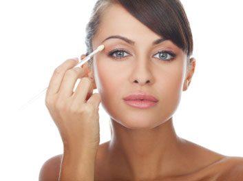 Camoufler avec du maquillage