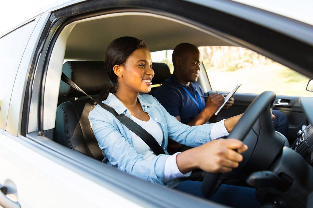 auto-automatique-avantage-plus-facile-conduite
