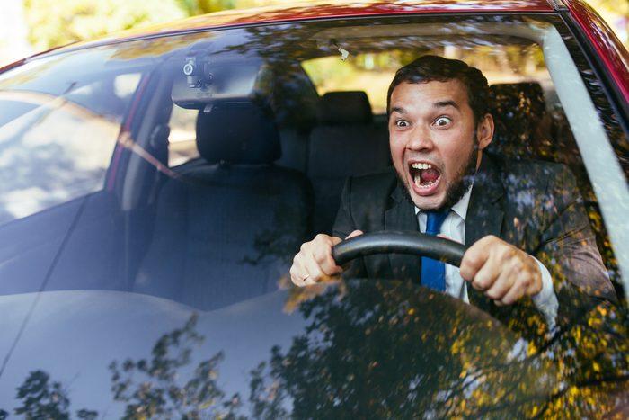 auto-automatique-diffile-conduire-manuelle