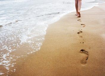 4. Marchez sur la plage