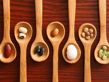 1. Protéines: poisson, viande, produits laitiers, haricots