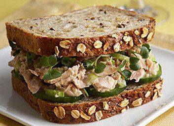Réponse: le sandwich à la salade de thon