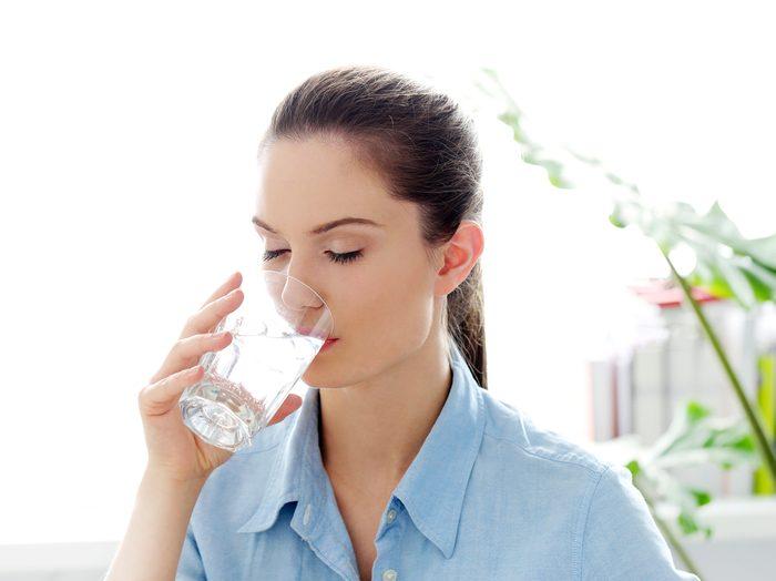 3. Boire plus d'eau