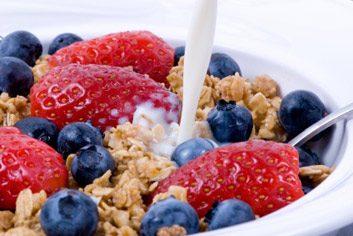 6. Mangez plus au déjeuner et moins au souper