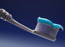 Qu'est-ce qui se cache dans votre brosse à dents?