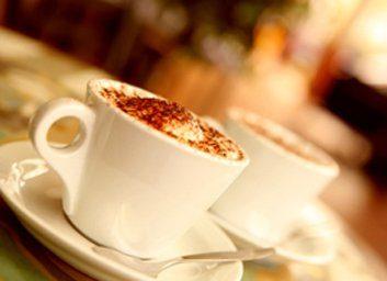 Mythe: Les boissons caféinées entraînent la déshydratation.