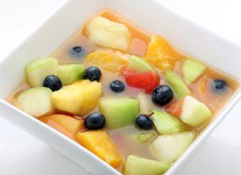 Cantaloup et bleuets au thé vert et à la lime