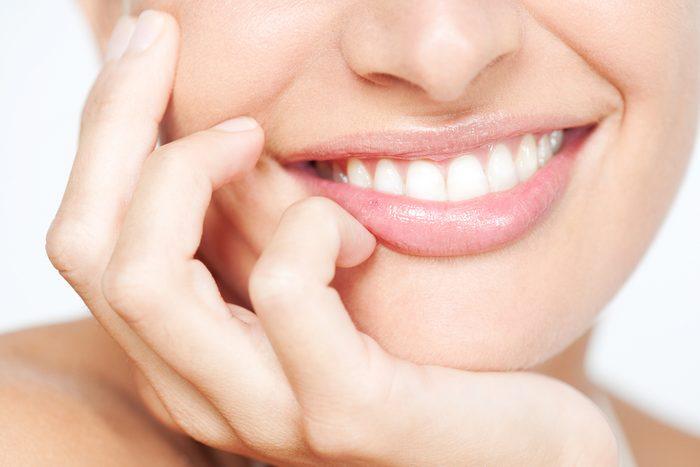 Faire disparaître les taches sur vos dents