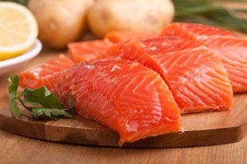 Réponse: Le saumon fournit le plus de vitamine D.