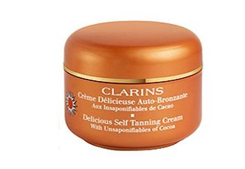 4. Crème délicieuse autobronzante aux insaponifiables de cacao de Clarins