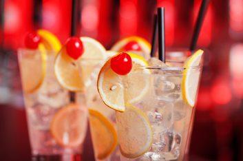 Cocktail raisin blanc et poivron rouge