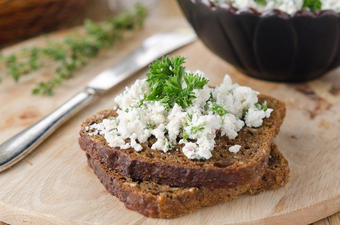 Recette savoureuse de pain au fromage cottage pour diabétiques.
