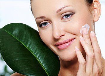 Appliquez une crème contenant de l'hydroquinone, un agent blanchissant