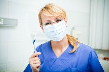 Consultez régulièrement un professionnel des soins dentaires