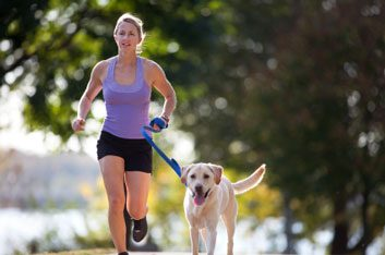 Un animal de compagnie peut améliorer votre forme physique.