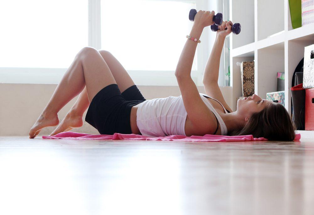 Brûlez des calories rapidement avec un entraînement maison