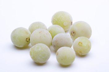 Des raisins congelés